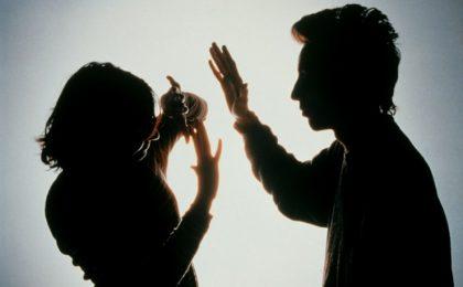 Làm thế nào để ly hôn chồng vũ phu?